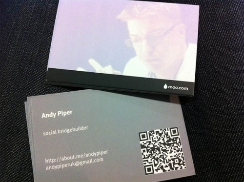 IDSN Cool QR Code Business Card